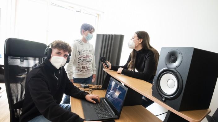 Hohenbrunn, Riemerling, Carl-Steinmeier-Mittelschule, Radioprojekt, Foto: Angelika Bardehle