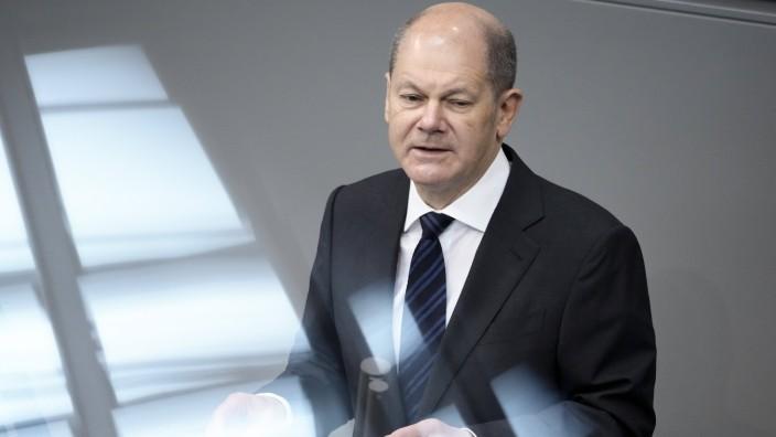 227. Bundestagssitzung und Debatte in Berlin Aktuell, 06.05.2021, Berlin, Olaf Scholz der Bundesfinanzminister (Bundesm