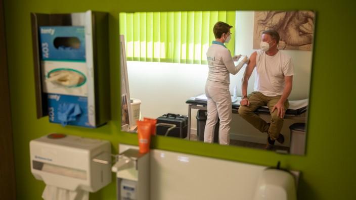 Coronavirus - Imfpen in Hausarztpraxis