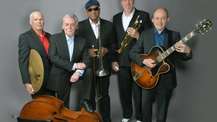 The HOT STUFF Jazz Band