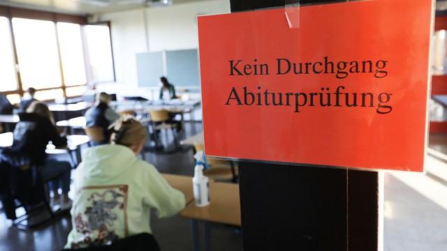 Petitionen und Kritik nach Mathe-Abi-Klausuren in NRW