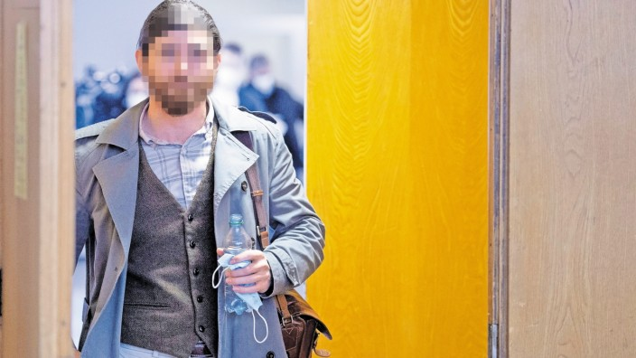 Defendant Franco A. goes on trial in Frankfurt