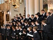 Prozess in Berlin: Warum ein Mädchen nicht im Knabenchor singen darf