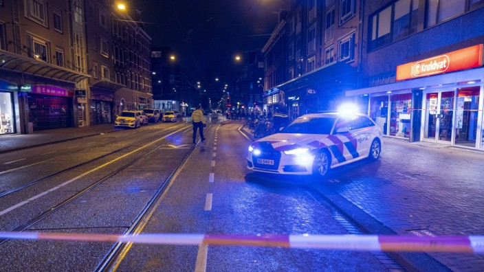 Fünf Menschen in Amsterdam niedergestochen