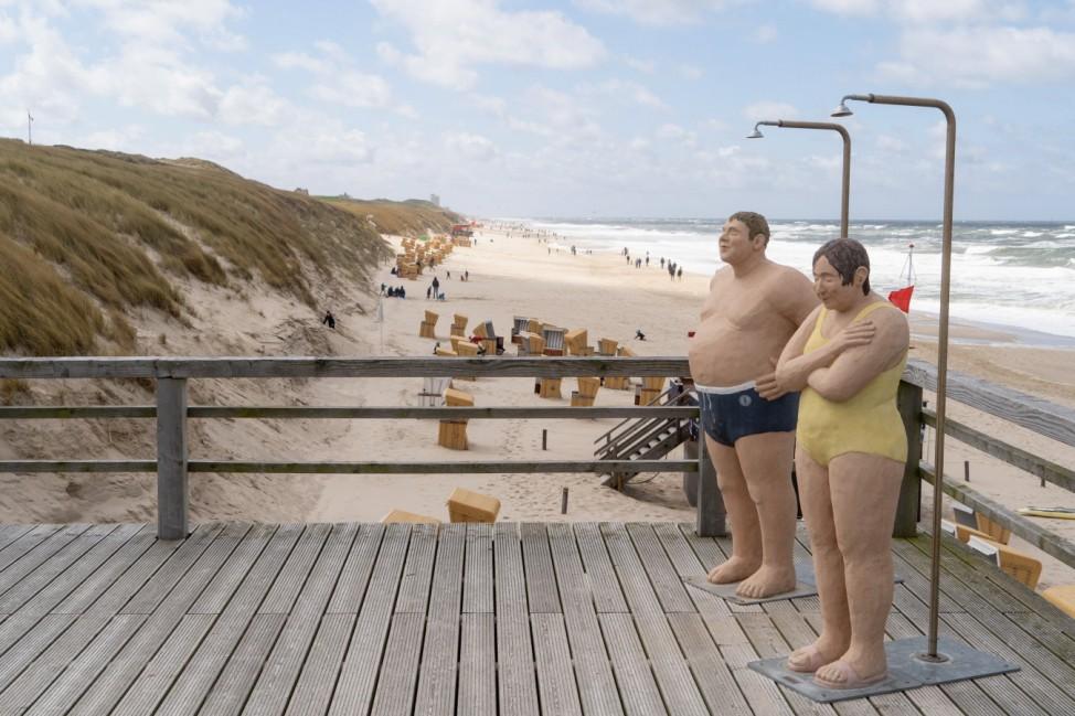 Nordseeinsel Sylt am Pfingstsonntag 2021 - Pfingsten auf Sylt während der Corona-Pandemie Wenningstedt - Alltagsmenschen