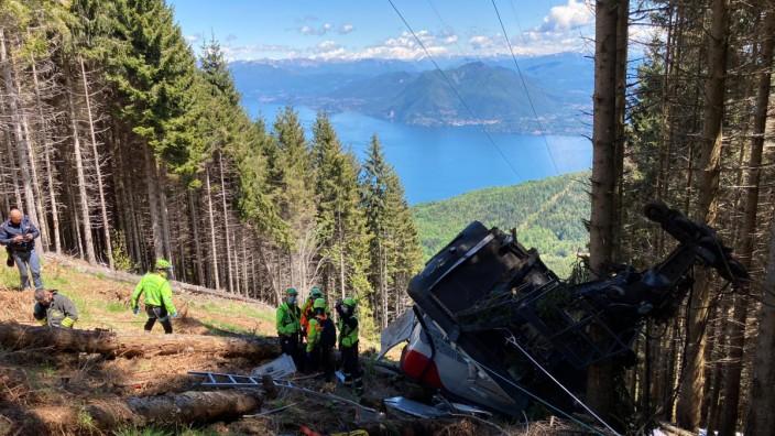 Cable Car Collapse Kills 13 Near Lake Maggiore