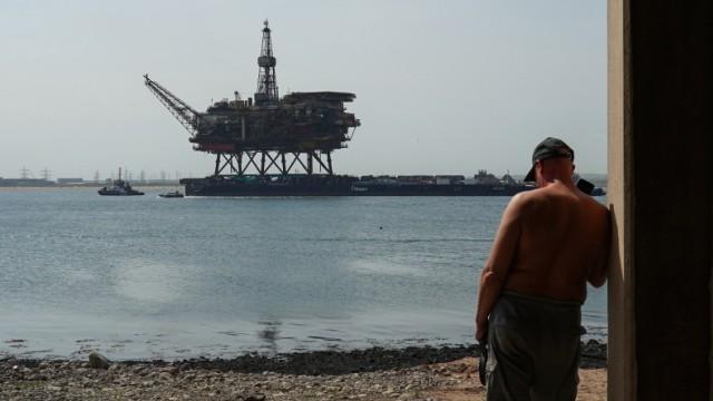 Öl-Plattform des britisch-niederländischen Unternehmens Shell in der Nordsee