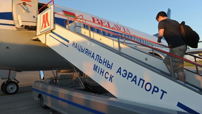 Belarus: Flugzeug der Airline Belavia