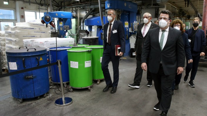Bundesarbeitsminister Heil besucht Gleitsmann Security Inks