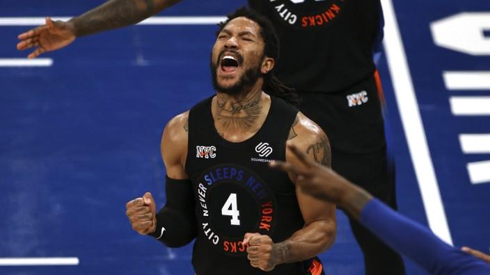 New York Knicks: Ein Urschrei: Derrick Rose von den New York Knicks brüllt seine Emotionen heraus.