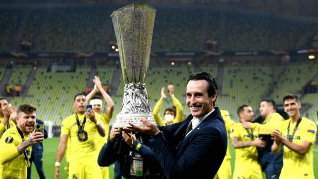 Villarreal v Manchester United, ManU - UEFA Europa League - Final - Gdansk Stadium Villarreal manager Unai Emery poses w