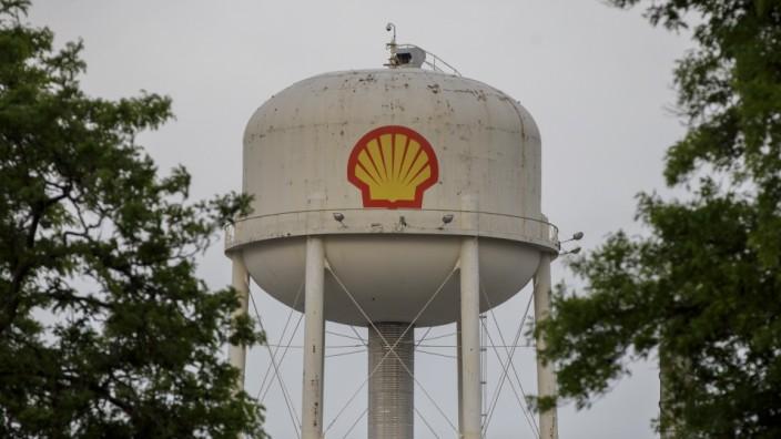Enbridge Says Great Lakes Oil Pipeline Will Keep Running