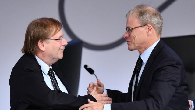 27.09.2019, xfux, Fussball Deutscher-Fussball-Bund, 43. Ordentlicher DFB-Bundestag 2019, emspor, v.l. Dr. Rainer Koch (V; Rainer Koch Peter Peters