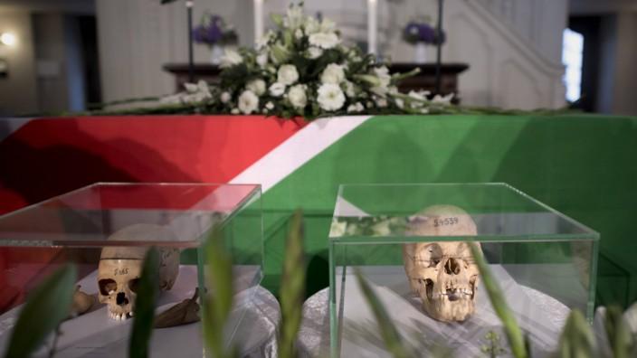 Return of stolen remains of Herero and Nama Berlin DEU Deutschland Germany Berlin 29 08 2018 Sc