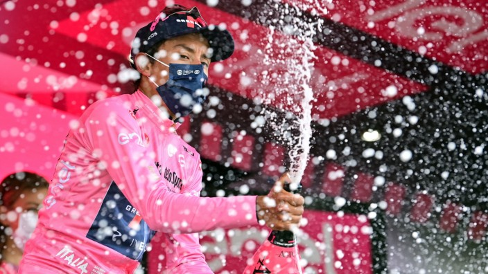 Photo Massimo Paolone/LaPresse May 29, 2021 Italy Cycling Giro d Italia 2021 - 104th edition - Stage 20 - from Verbania