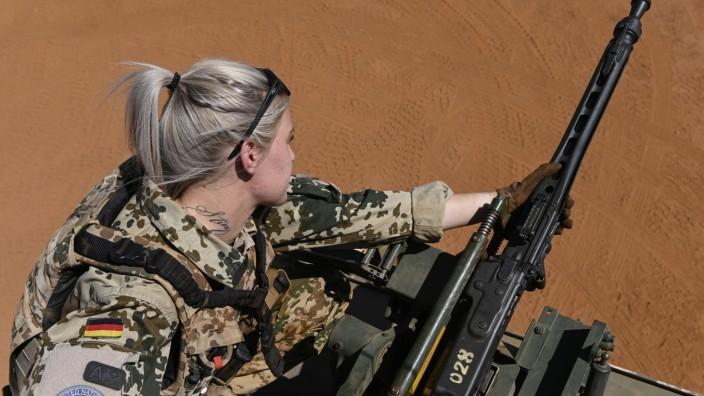 Mali, Gao, Minusma UN mission MALI, Gao, UN peace keeping mission MINUSMA, Camp Castor, german army Bundeswehr, female