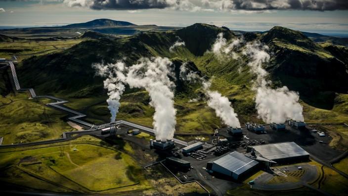 Klimaschutz: Am Hellisheiði-Kraftwerk auf Island wird Kohlendioxid bereits in die Erde verpresst.
