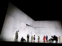 Uraufführung am Münchner Residenztheater: Der Text ist die Party