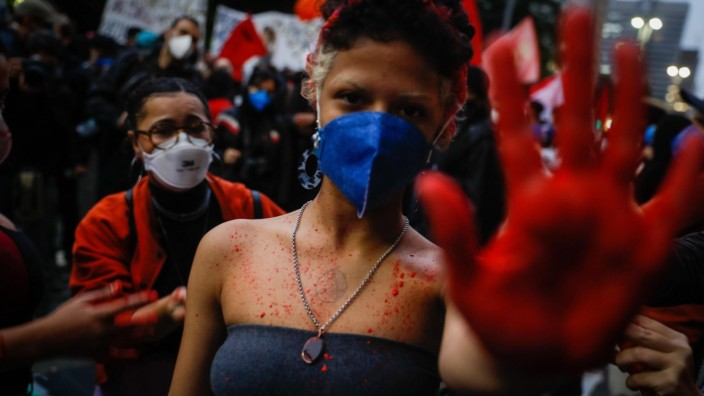 SAO PAULO (BRAZIL), 05/13/2021.- Demonstrators participate in a rally called by the Black Coalition against the governm