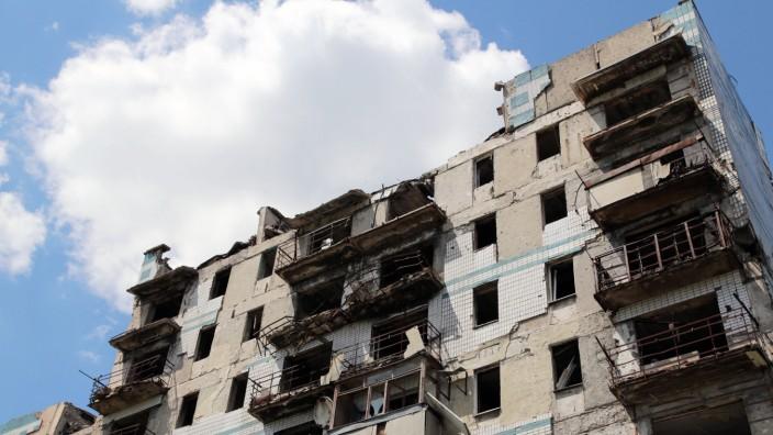 DONETSK, UKRAINE - MAY 26, 2021: A view of the nine-storey apartment building on Vzletnaya Street in Kiyevsky District w