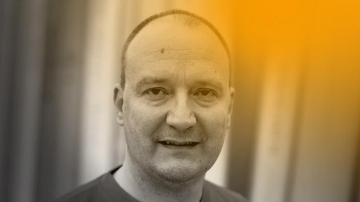 """Kolumne """"Was folgt"""": Thomas Brussig geht es mit seinem Vorschlag ums Gedenken, ums Feiern und um die Aussöhnung"""