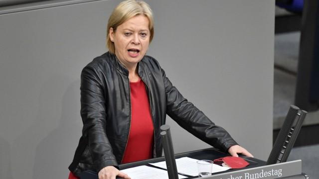 Gesine Lötzsch in der 230. Sitzung des Deutschen Bundestages im Reichstagsgebäude. Berlin, 20.05.2021 *** Gesine Lötzsc