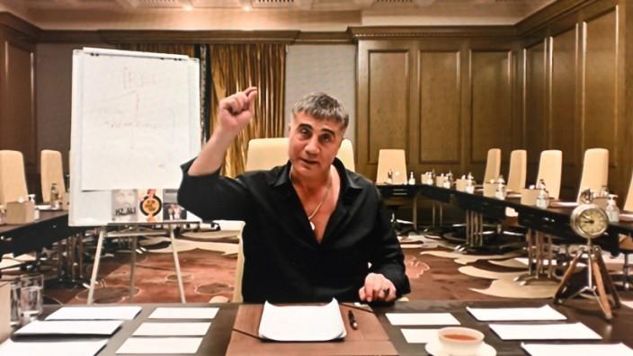 Türkei: Mafia-Boss Sedat Peker in einem Video