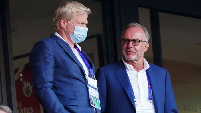 Karl Heinz RUMMENIGGE hoert vorzeitig beim FC Bayern auf! Archivfoto: Oliver Oli KAHN (Vorstandsmitglied, M), und Karl-H; Kahn