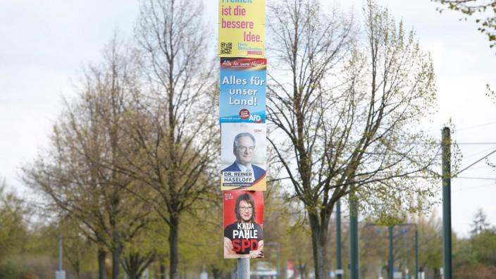 Landtagswahl in Sachsen-Anhalt 2021: Plakate der AfD und CDU