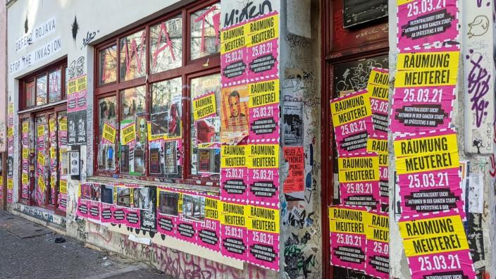 Meute Außenansicht der Szenekneipe Meuterei in der Reichengerger Straße 58 in Berlin Kreuzberg. Die Kiezkneipe soll am 2