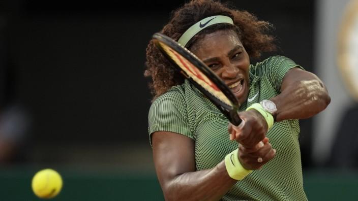 Tennis: Wo die Bälle anders springen: Serena Williams in Paris. In der dritten Runde bekommt sie es mit ihrer Landsfrau Danielle Collins zu tun.