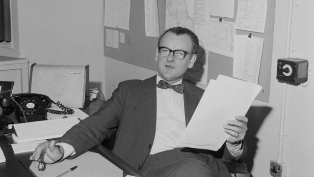 """""""Briefe ohne Unterschrift"""". DDR-Geschichte(n) auf BBC Radio - BBC-Austin-Harrison"""