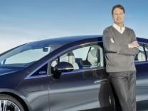 Digitale Weltpremiere des neuen EQS von Mercedes-EQ  Digital world premiere of the new EQS from Mercedes-EQ; Daimler-Chef Källenius und der EQS