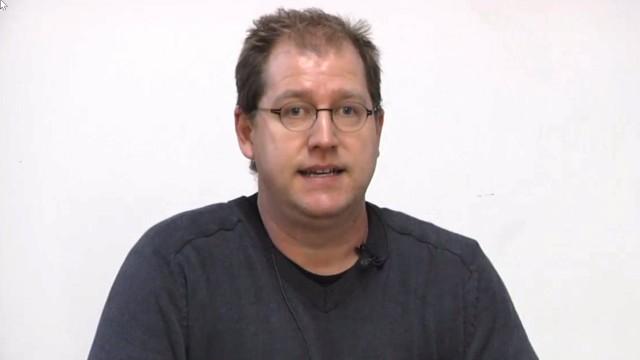Demokratie in Sachsen-Anhalt: David Begrich engagiert sich für ein Demokratienetzwerk - und seit 1989 gegen Rechtsextremismus.