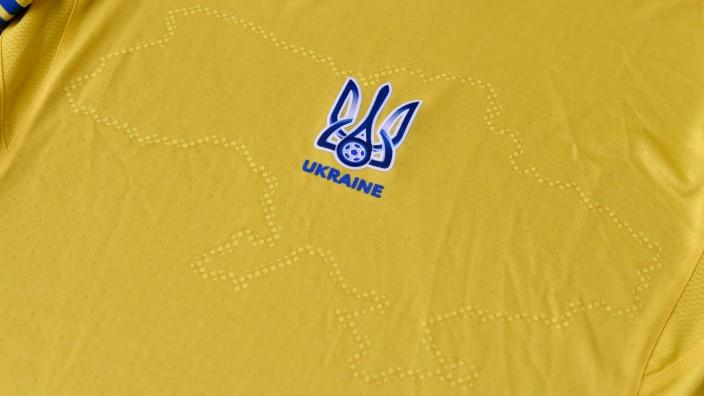 Fußball-EM: Das Trikot der Ukrainer mit dem Umriss des Landes mit der Halbinsel Krim.