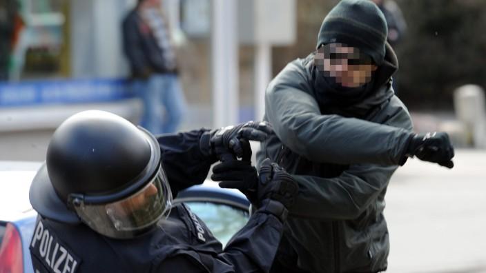 Mehr Angriffe auf Polizisten in Thüringen