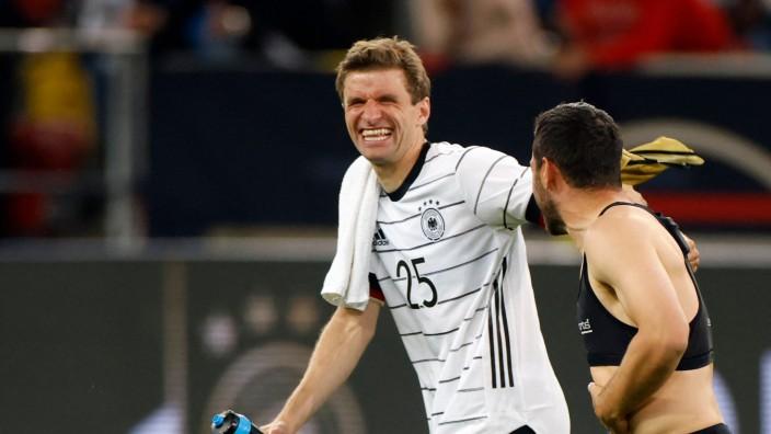 Nationalmannschaft: Thomas Müller und Kevin Volland