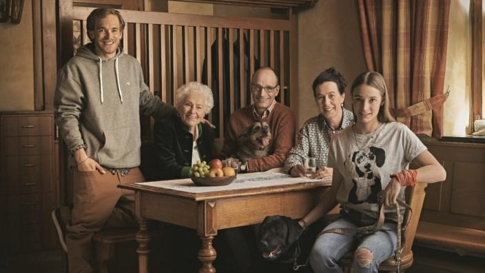 Pressebilder über Desk-Net bekommen  Familienunternehmen Interquell