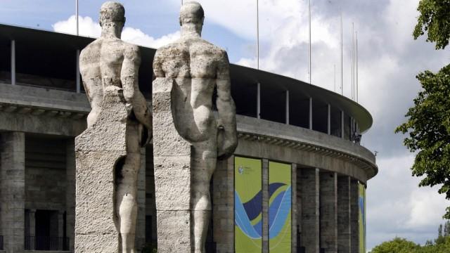 NS-Skulpturen lösen Streit aus