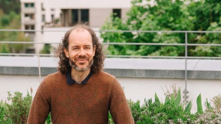 Protest: Seit seinem Studium engagiert sich Tobias Oelbaum, dort, wo es etwas zu bewegen gilt. Ehrenamtliches Arbeiten gehört mit zu seinem Leben.