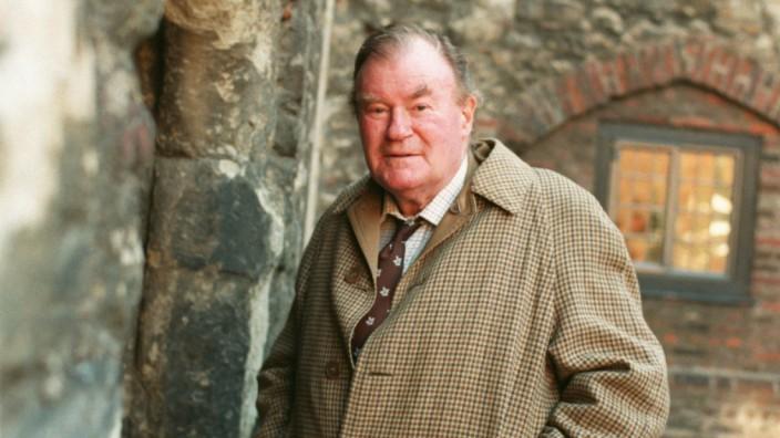 English Writer Simon Raven