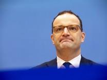 Deutschland, Berlin, Bundespressekonferenz, Thema Die Corona-Lage im Herbst, Gesundheitsminister Jens Spahn CDU, 08.10.