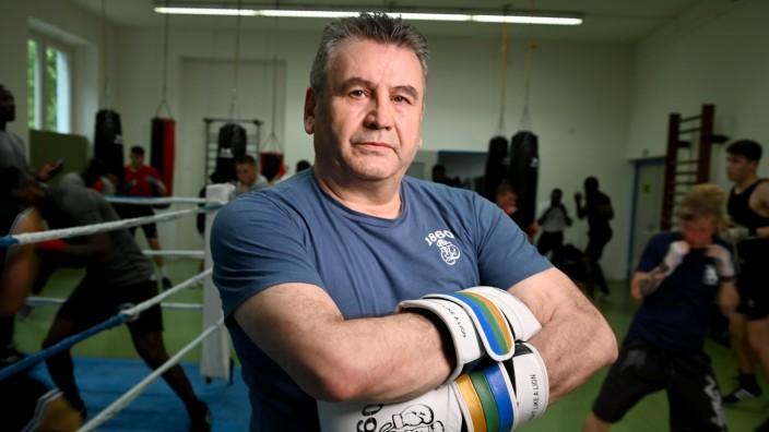 Boxen: 2019 bekam Ali Cukur, der Leiter der Boxabteilung des TSV 1860 München, die Rupert-Neudeck-Medaille für Mut und Menschlichkeit des Entwicklungsministeriums.