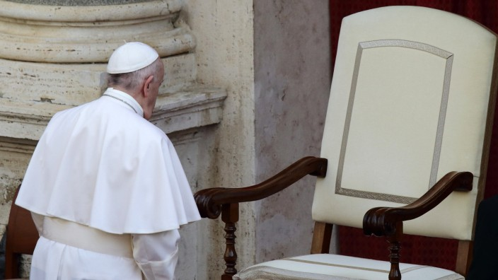 June 9, 2021 - Vatican City (Holy See) POPE FRANCIS during his wednesday general audience in the courtyard of St. Damas