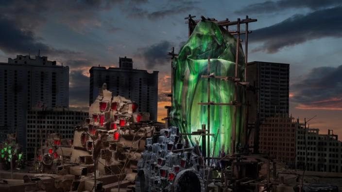 Künstler Rob Voerman Ohne Titel, 2020, Leuchtkasten mit Duratrans-Bild zwischen Plexiglas im Nussholzkasten mit Dimmer, 70 x 87 cm