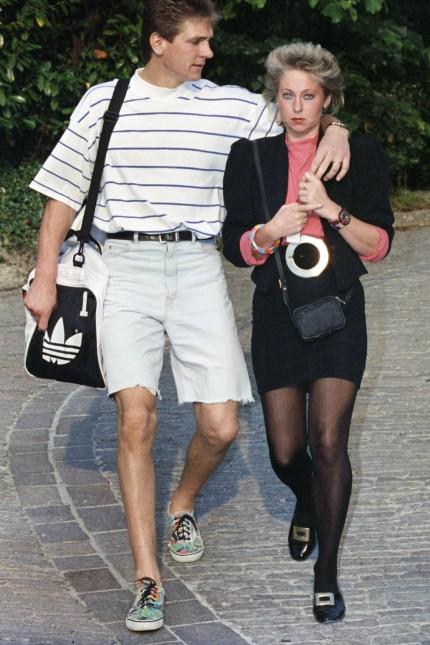 Bodo Illgner mit Frau Bianca am Mannschaftsquartier der deutschen Mannschaft Hotel Castello Di Casig