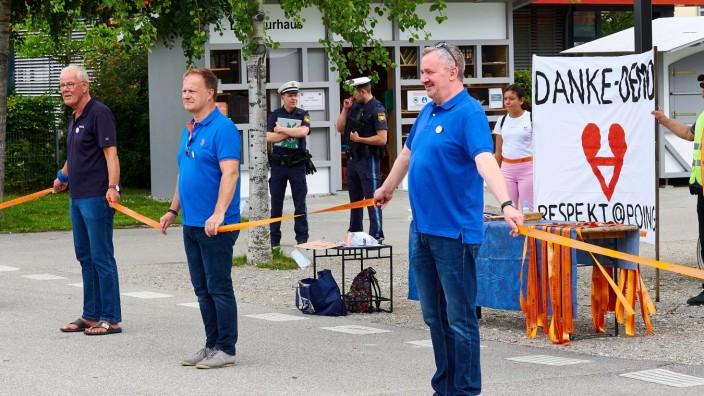 Menschenkette der Solidarität Poing