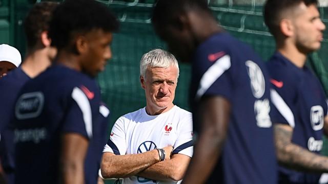 DFB-Gegner Frankreich: Deeskalierend unterwegs: Frankreichs Nationalcoach Didier Deschamps.