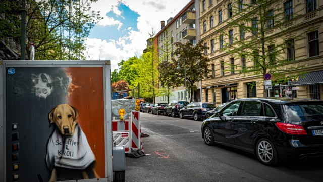 Berlin Pankow OT Prenzlauer Berg; Kollwitzplatz Berlin *** Berlin Pankow OT Prenzlauer Berg Kollwitzplatz Berlin