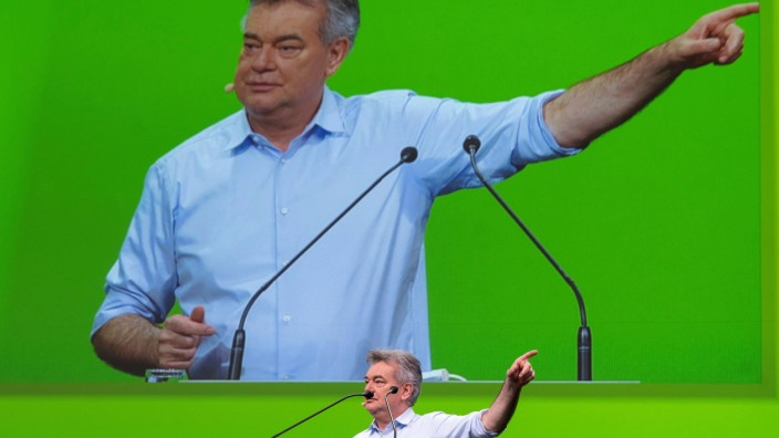 20210613 Federal Congress of the Green Party LINZ, AUSTRIA - JUNE 13: Vice Chancellor Werner Kogler (Green Party) at th